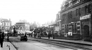 Lee High Road