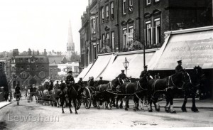Horse artillery ascending Blackheath Village
