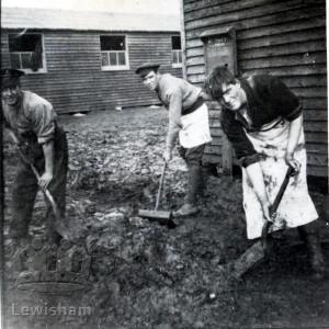 "Lewisham Volunteers 1915 – 1919 – ""Flanders Mud"""