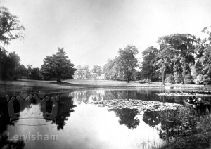 Manor House Exterior & Pond