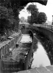 GLC Flood Prevention Scheme The Ravensbourne