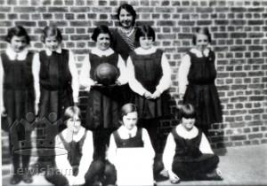 Marvels Lane School Junior Netball Team