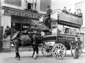 Tilling Horse Bus
