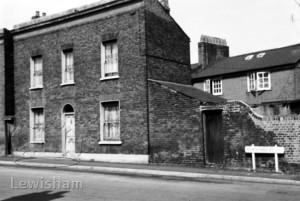 Vanguard Street, no 77,