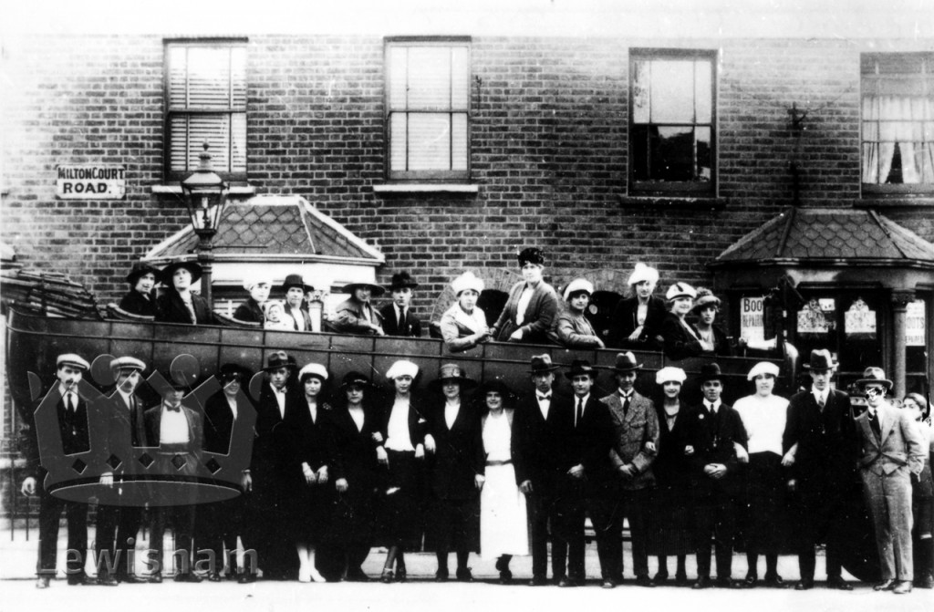Charabanc outing from Milton Court Road