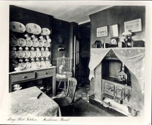 Large flat kitchen, Markhouse Road