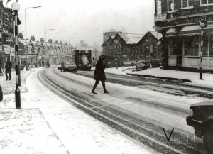 Rose and Crown Pub on Hoe Street in the snow, 1968
