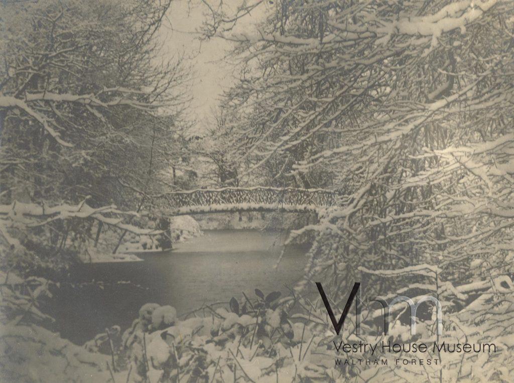 Snow over the Bridge in Lloyd Park