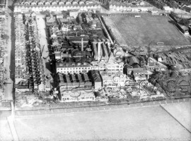 Lydden Road, Garratt Lane, River Wandle and Bendon Valley with Columbia Gramophone Works and Earlsfield Football ground  1935- 1935