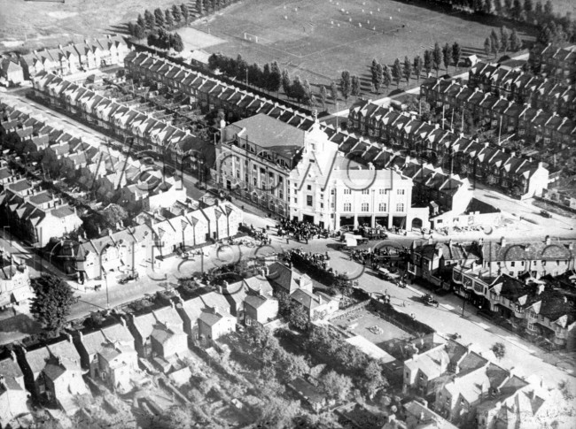 Merton Road and Ravensbury Road with Southfields Central Hall- 1935