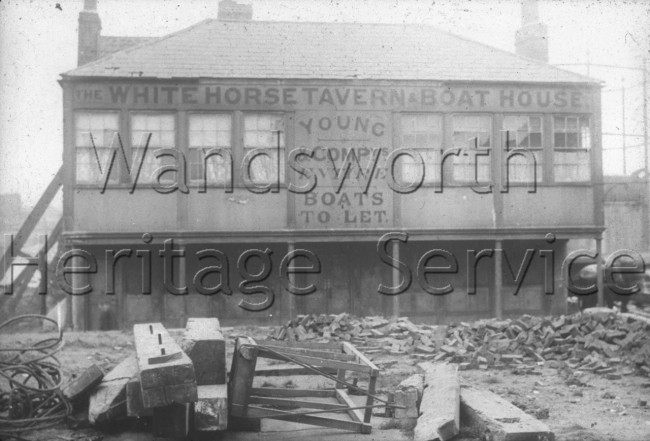 White Horse Tavern and Boat House  –  C1915