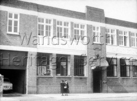 Cathkin Laundry, Putney Bridge Road   –  C1960