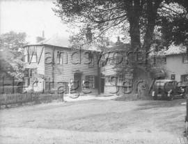 The King's Head, Roehampton High Street  –  C1935