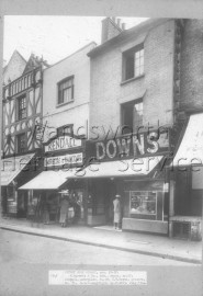 Barratt, W  & Co Ltd  , Shoes, 67, Putney High Street- 1944