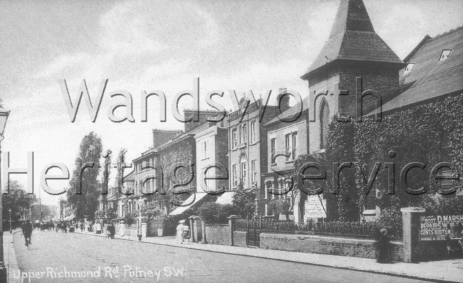 Upper Richmond Road  –  C1900