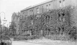 Grove Hospital